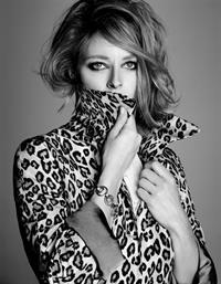 Jodie Foster - Inez van Lamsweerde Photoshoot