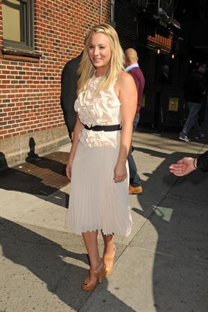 Kaley Cuoco  At the Late Show With David Lettermen - September 25, 2012
