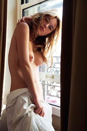 French/American model Camille Rowe Nude photos by Pamela Hanson in 2015