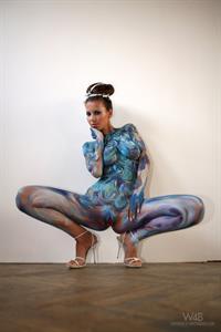 Avia Fenestra in Body Paint