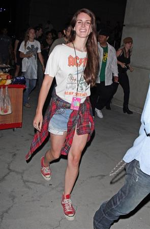 Lana Del Rey Goes to the Red Hot Chili Peppers Concert in LA (8-11-12)