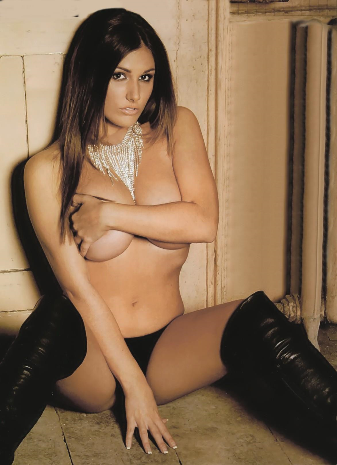 Lucy Pinder Nude Pictures Rating  95510-9013