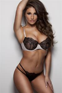 Lucy Pinder in lingerie