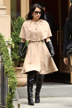 Lucy Liu leaving her apartment in NYC 12/13/12