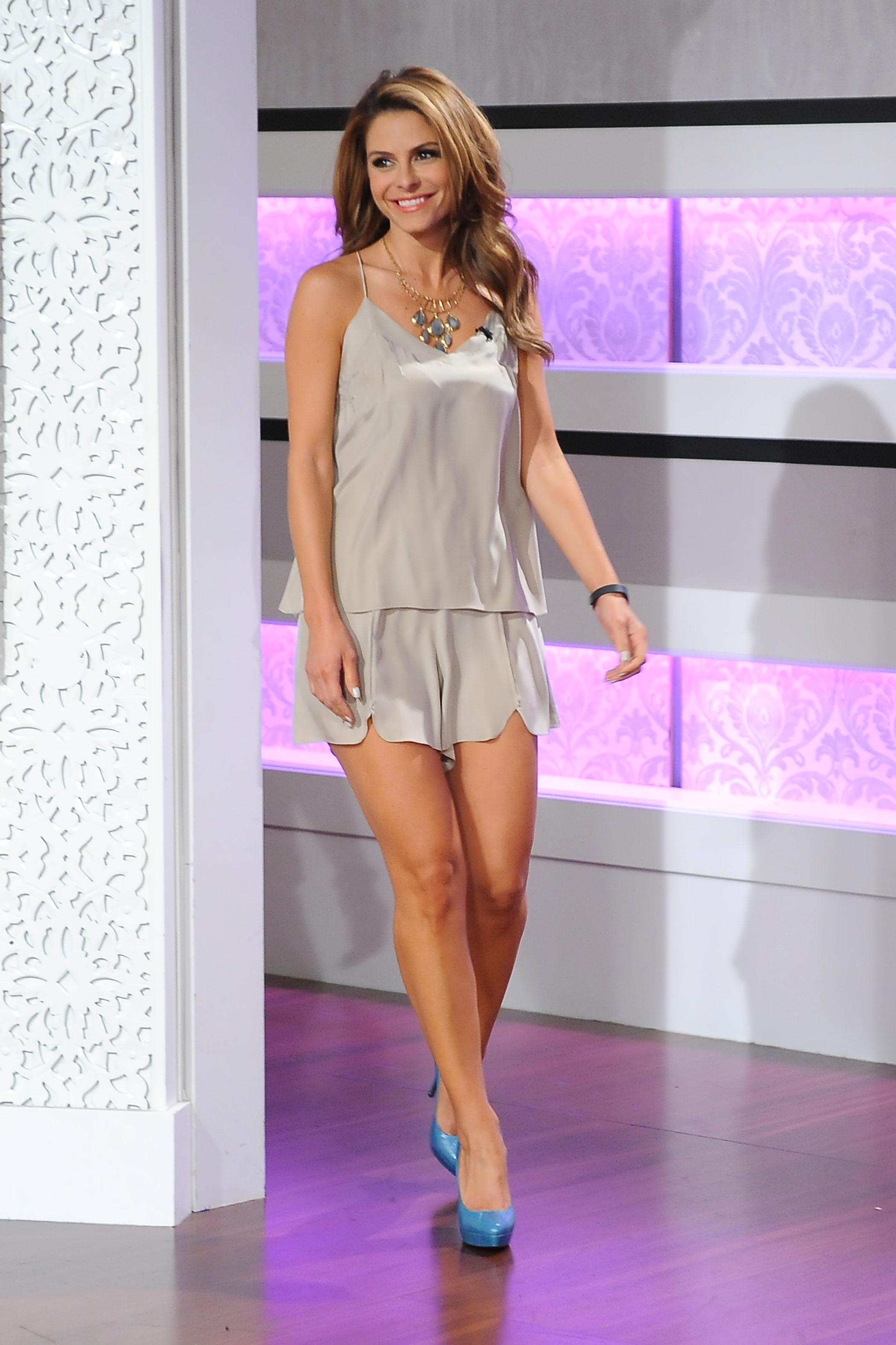 Maria Menounos co-hosting 'KRIS' TV Show in Culver City on August 1, 2013