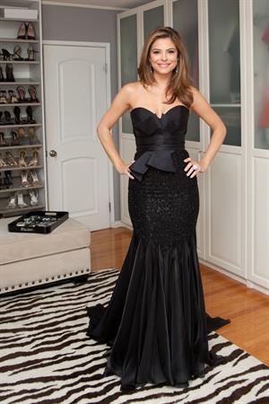 Maria Menounos - Elise Donaghue Photoshoot 2010