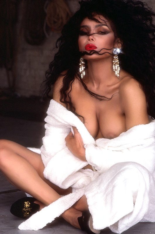 Erotica sentenced to nudity