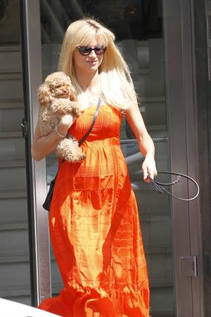 Michelle Hunziker Spotted with her puppy in Milan on May 14, 2013
