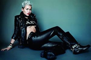 Miley Cyrus - V Magazine Photoshoot