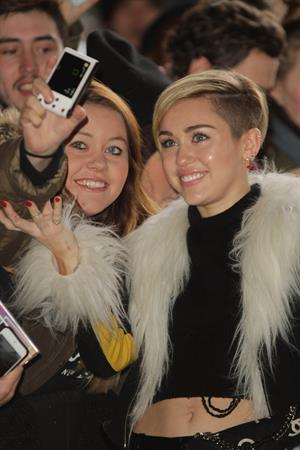 Miley Cyrus – BBC Radio 1 arrival in London 11/12/13