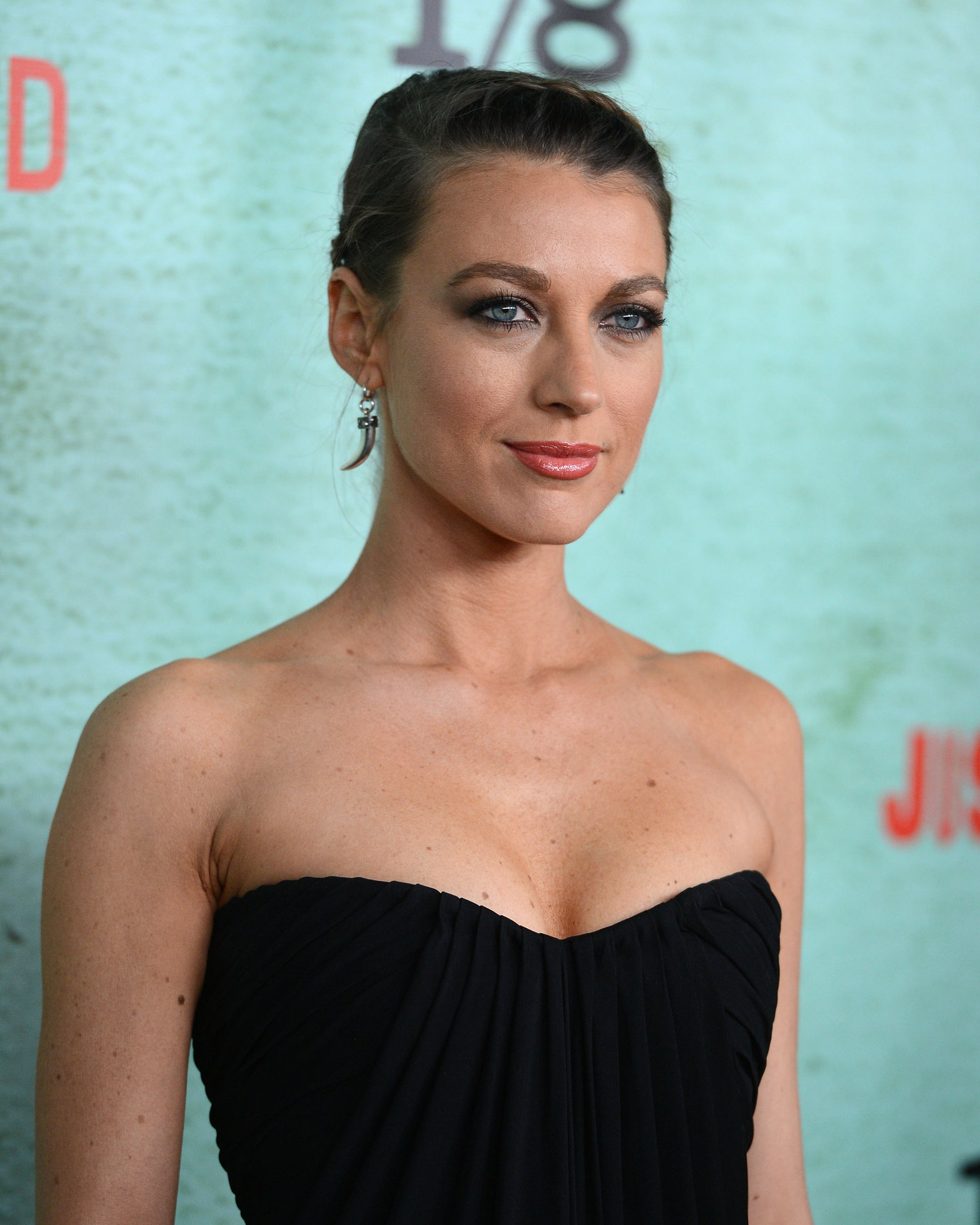 Natalie Zea FX Network's Justified Season 4 premiere in Hollywood 1/5/13