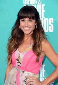 Nikki Deloach at the 2012 MTV Movie Awards (Arrivals) in Universal City (June 3, 2012)