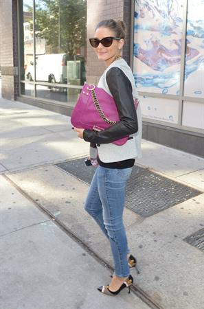 Olivia Palermo Steps out to greet a friend in Brooklyn - September 21, 2012