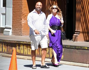 Mariah Carey strolls around New York City August 25, 2014