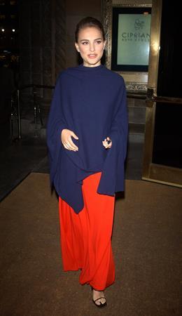 7th Annual National Arts Awards Dress by Isaac Mizrahi New York City, NY 10/07/02