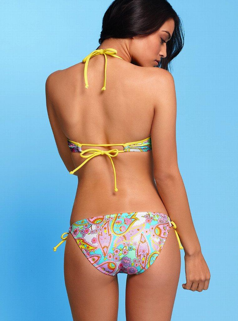 Shanina Shaik in a bikini - ass