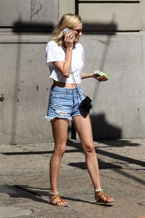 Diane Kruger walking around the east side in August