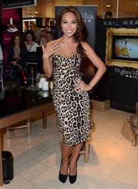 Myleene Klass Unveiling her new nail wrap bar in Oxford Street - November 1, 2012