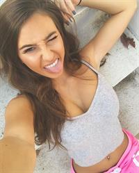 Taylor Alesia taking a selfie