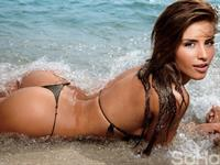 Jessica Cediel in a bikini - ass