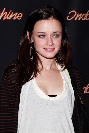 Alexis Bledel Indochine celebrates 25th anniversary