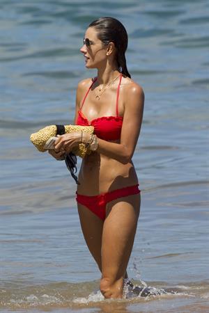 Alessandra Ambrosio in a red bikini in Maui on August 13, 2014
