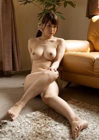 Yui Oba - breasts