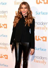 "Sofia Vergara ""Modern Family"" Fan Appreciation Day in Los Angeles, October 28, 2013"