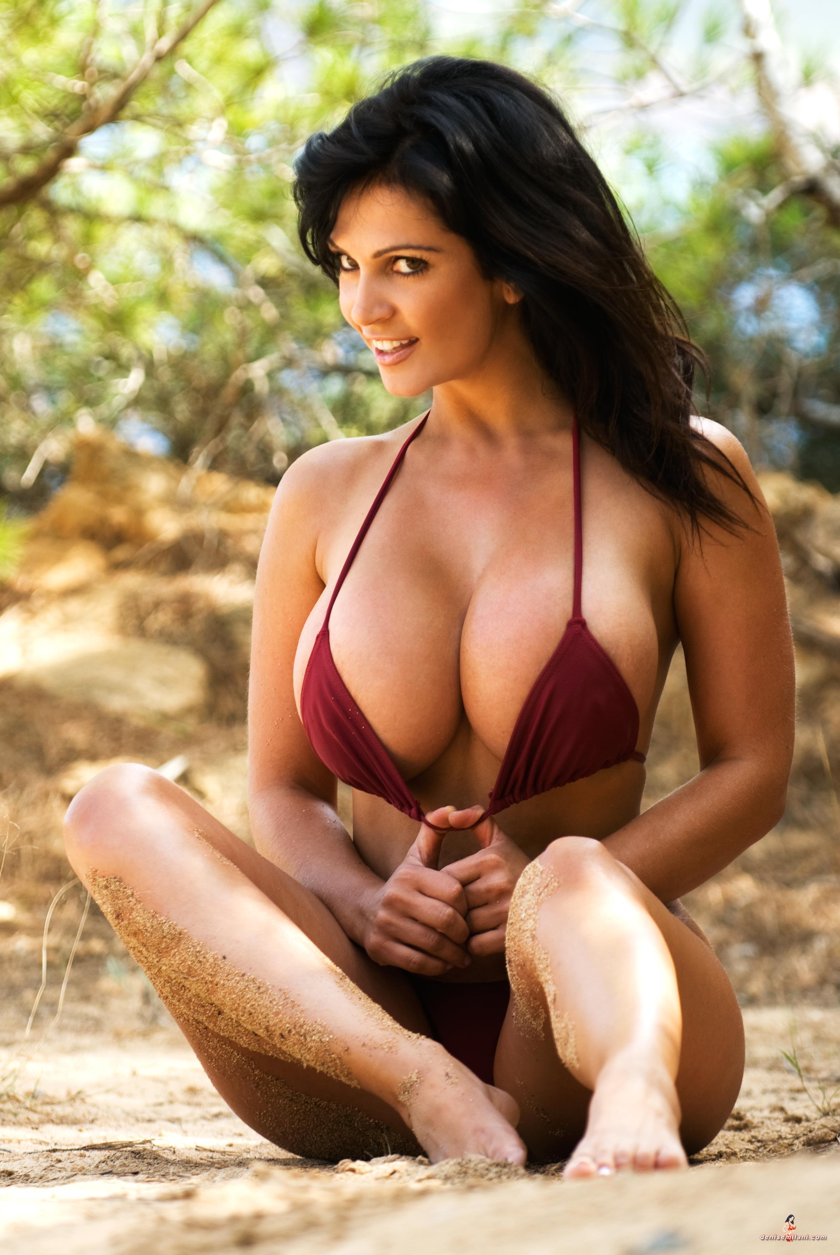 Hot Busty Babe
