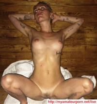 Miley Cyrus - pussy and nipples
