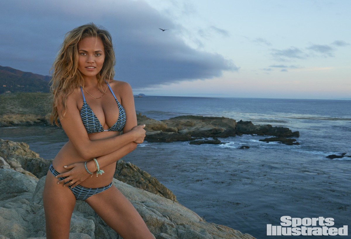 Chrissy Teigen Sports Illustrated 2015