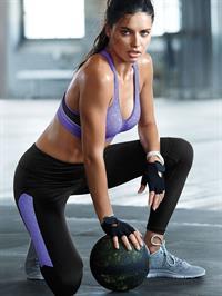 Adriana Lima in Yoga Pants