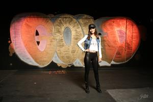 Victoria Justice -  Gold  Behind the Scenes June 2013