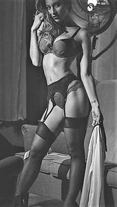 Vicky Justiz in lingerie