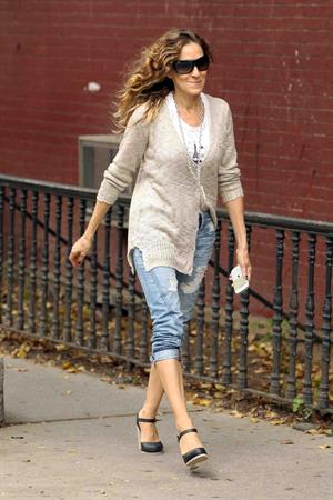 Sarah Jessica Parker Takes her children to school in New York City (May 23, 2013)