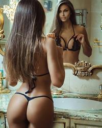 Daria Shy in lingerie - ass