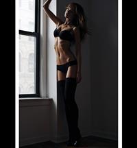 Aurelia Gliwski in lingerie
