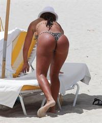 Vida Guerra in a bikini - ass