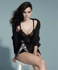 Kaya Scodelario in lingerie