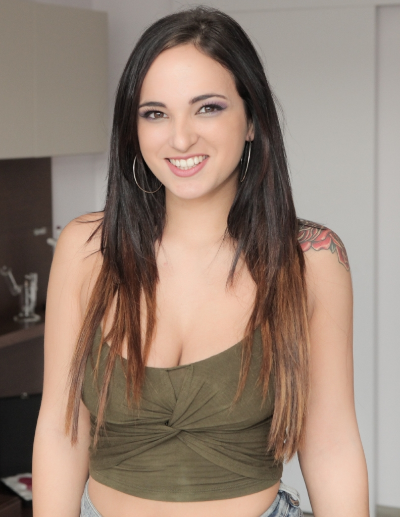 Claudia Bavel Nude - 52 Pictures: Rating 8.48/10