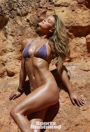 Nina Agdal Sports Illustrated 2015