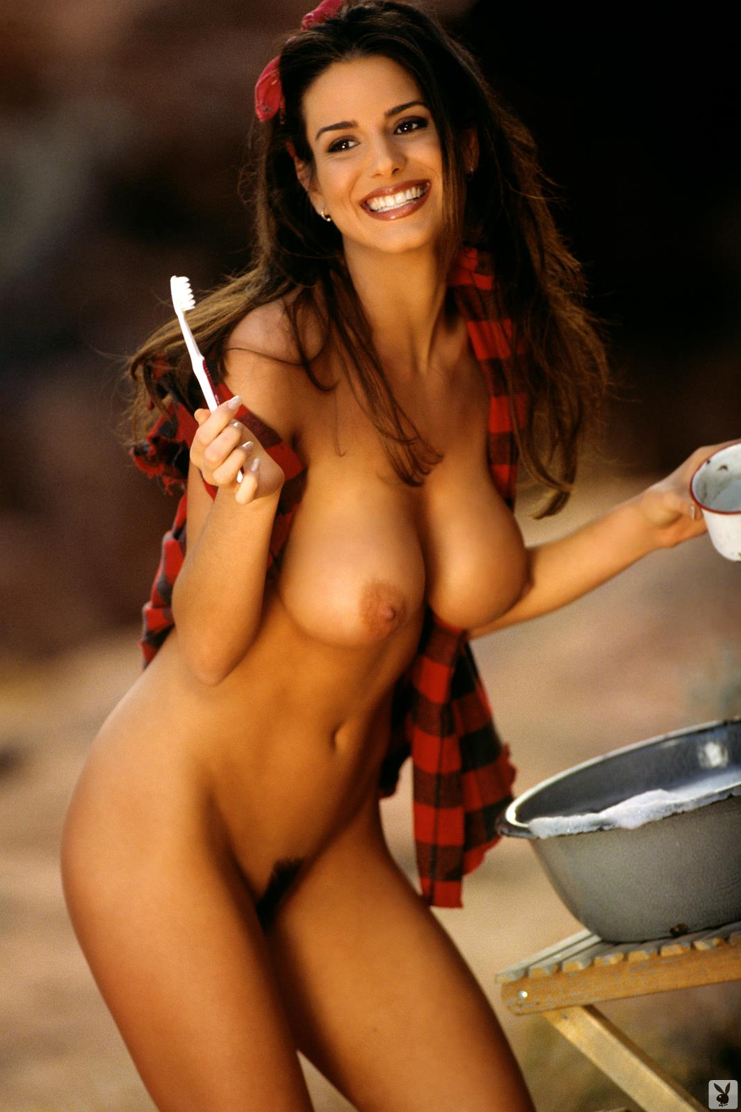 Tishara Lee Cousino Nude Pictures. Rating = 9.13/10