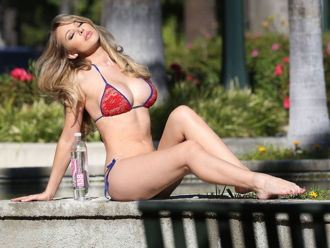 Tiffany Toth Pictures. Hotness Rating = 9.61/10