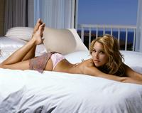 Arielle Kebbel in lingerie - ass