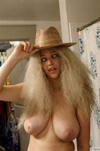 Sabrina Nichole in Pantyhose