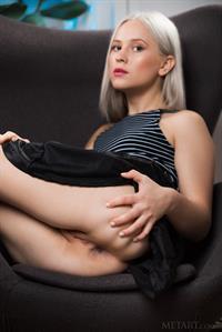 Nikki Hill Shaved Natural Blonde