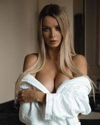 Ekaterina Enokaeva beautiful body