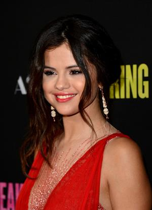 Selena Gomez -attends the Spring Breakers at ArcLight Cinemas in Hollywood (14.03.2013)