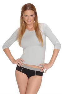 Geraldine Neuman in lingerie