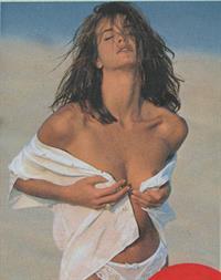 Elle MacPherson - breasts